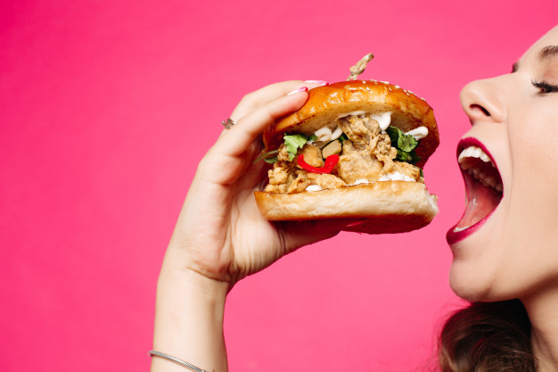 Why Mindful Eating is Your Secret Weapon against Cravings